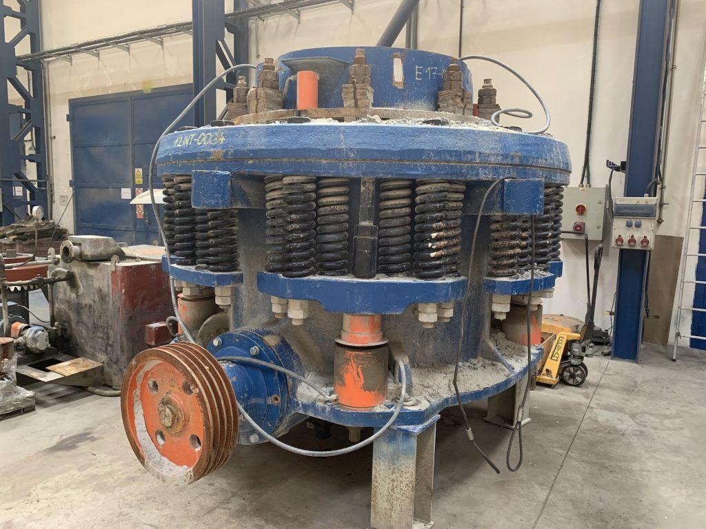 GENERAL REPAIR OF DKT 1200 CONE CRUSHER